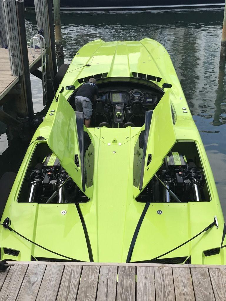 Lamborghini Aventador SV Roadster andMTI 52 Super Veloce for sale (4)