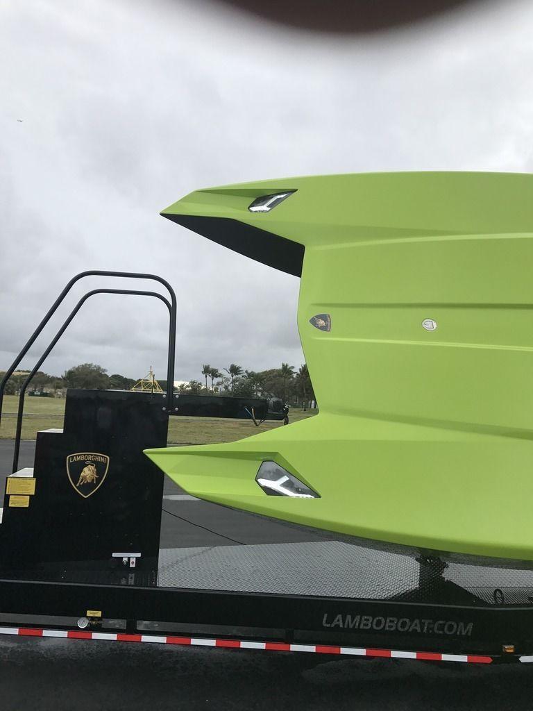 Lamborghini Aventador SV Roadster andMTI 52 Super Veloce for sale (5)