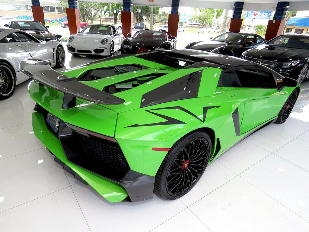 Lamborghini_Aventador_SV_Roadster_for_sale07