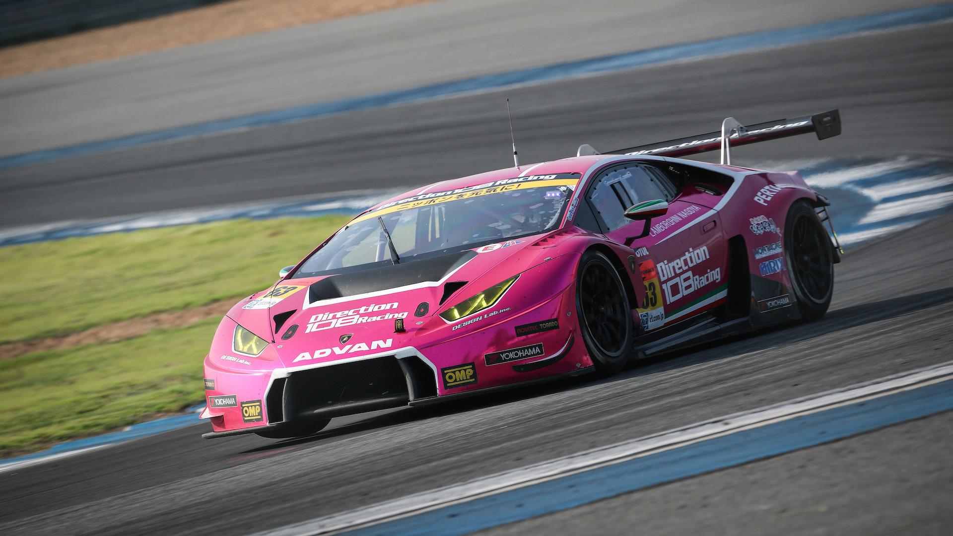 Lamborghini_Huracan_GT3_for_sale_01