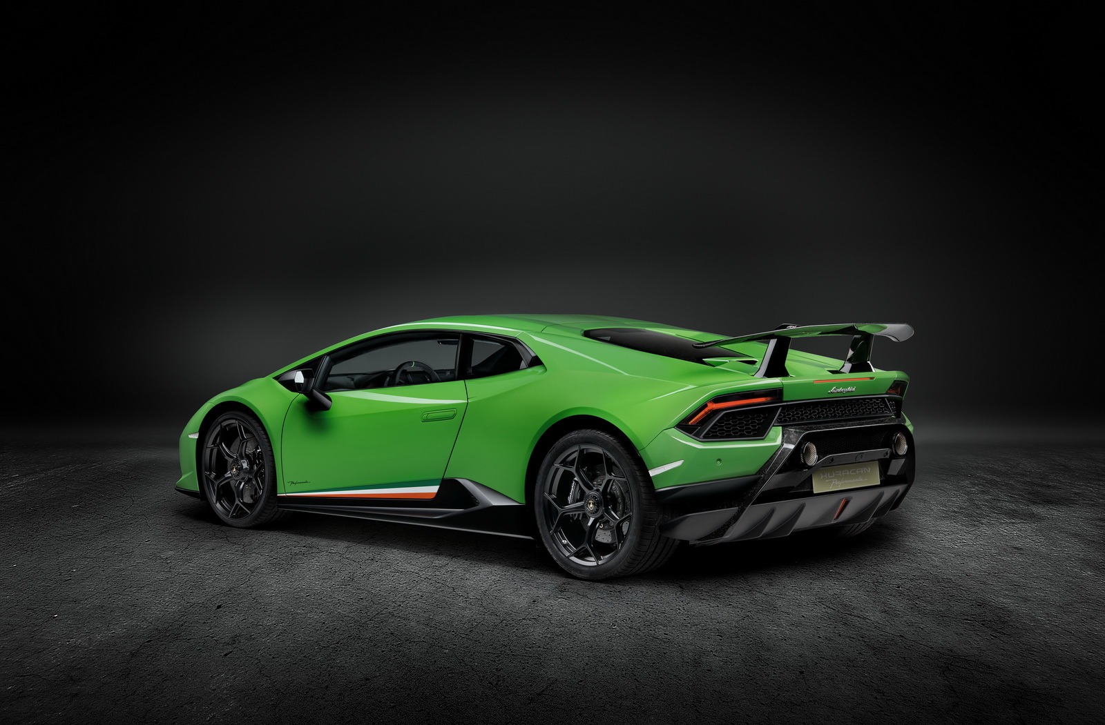 Lamborghini Huracan Performante 2018 (2)