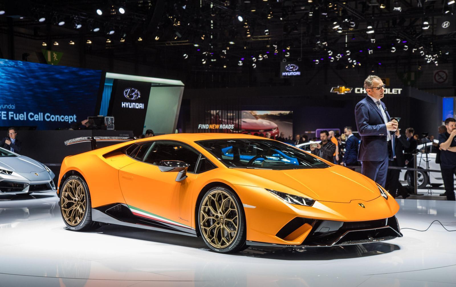 Lamborghini-Huracan-Performante-002