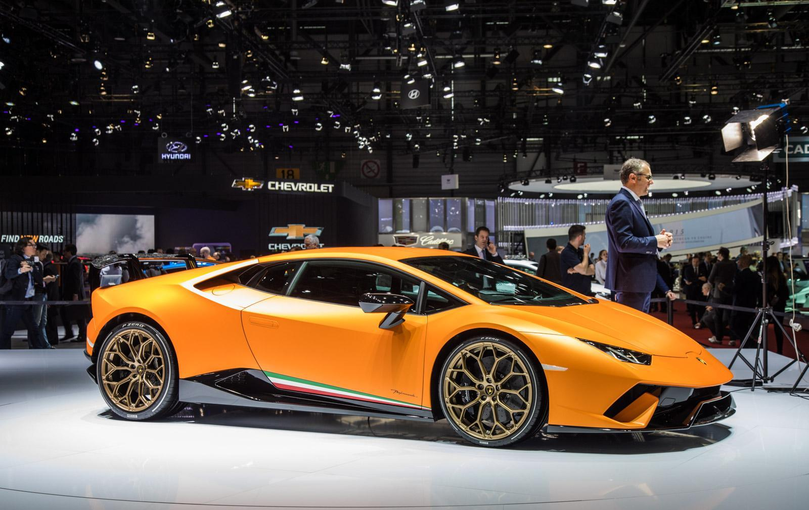 Lamborghini-Huracan-Performante-003