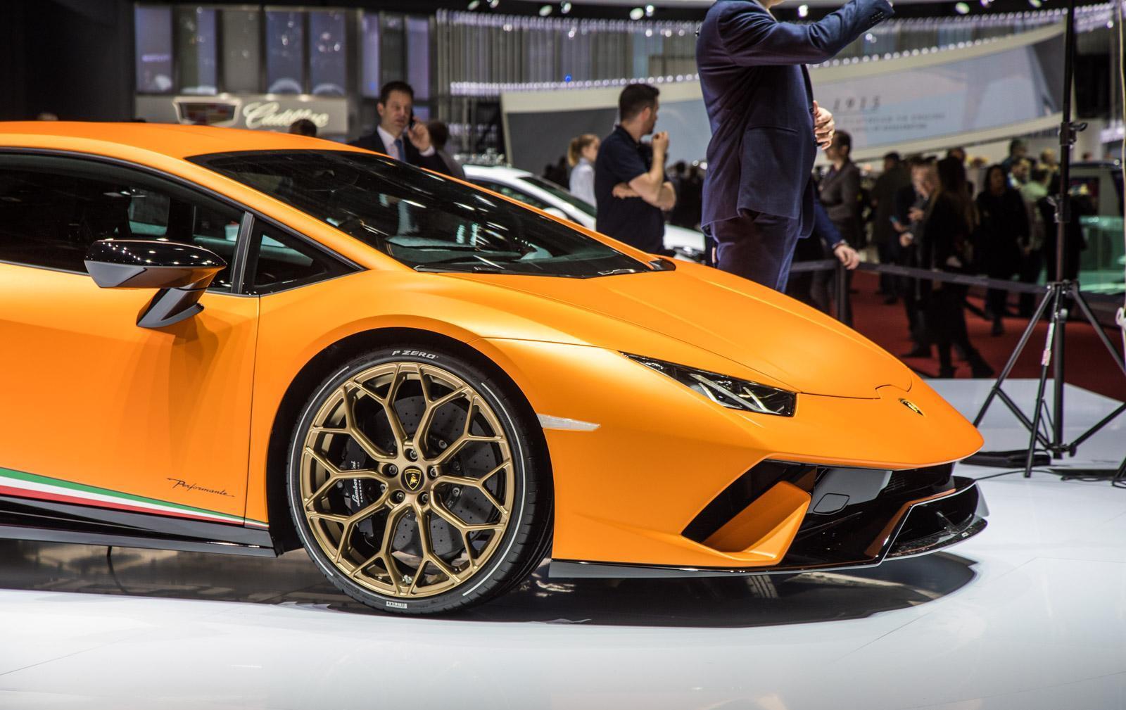 Lamborghini-Huracan-Performante-004