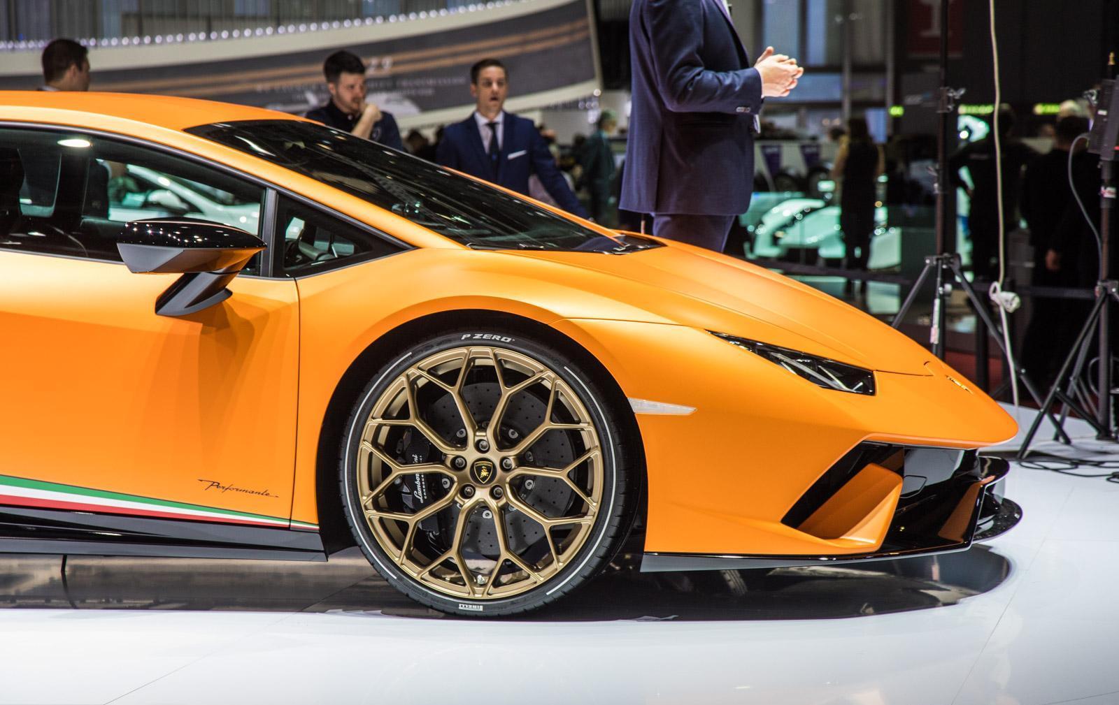 Lamborghini-Huracan-Performante-005