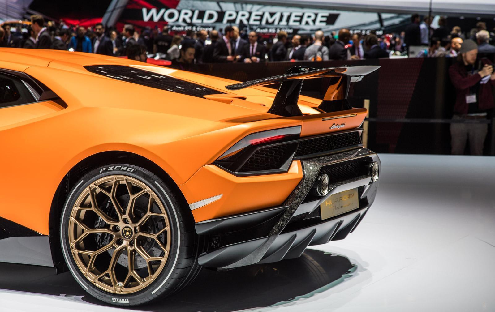 Lamborghini-Huracan-Performante-012
