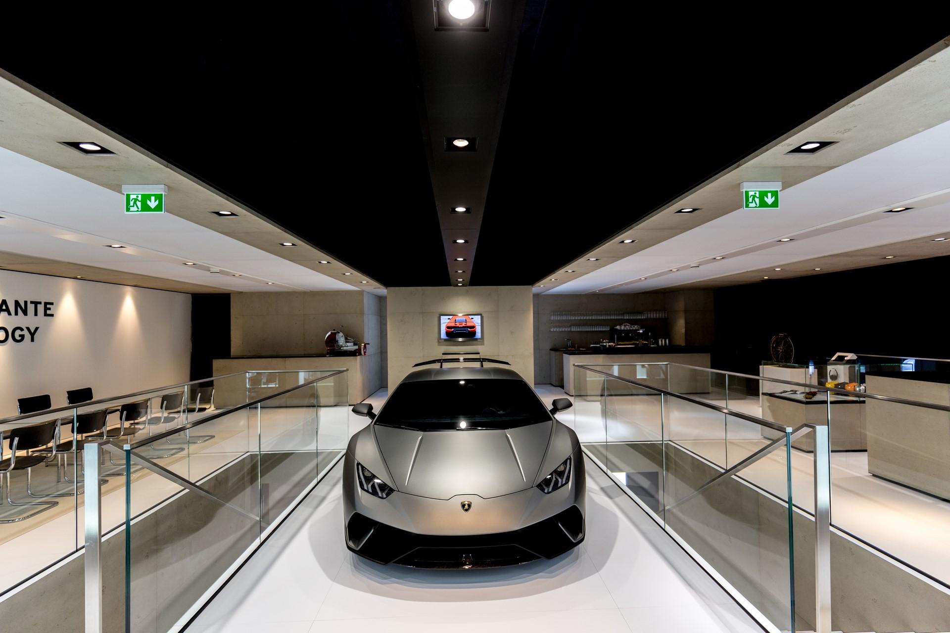 Lamborghini Huracan Performante Geneva 2017 (8)