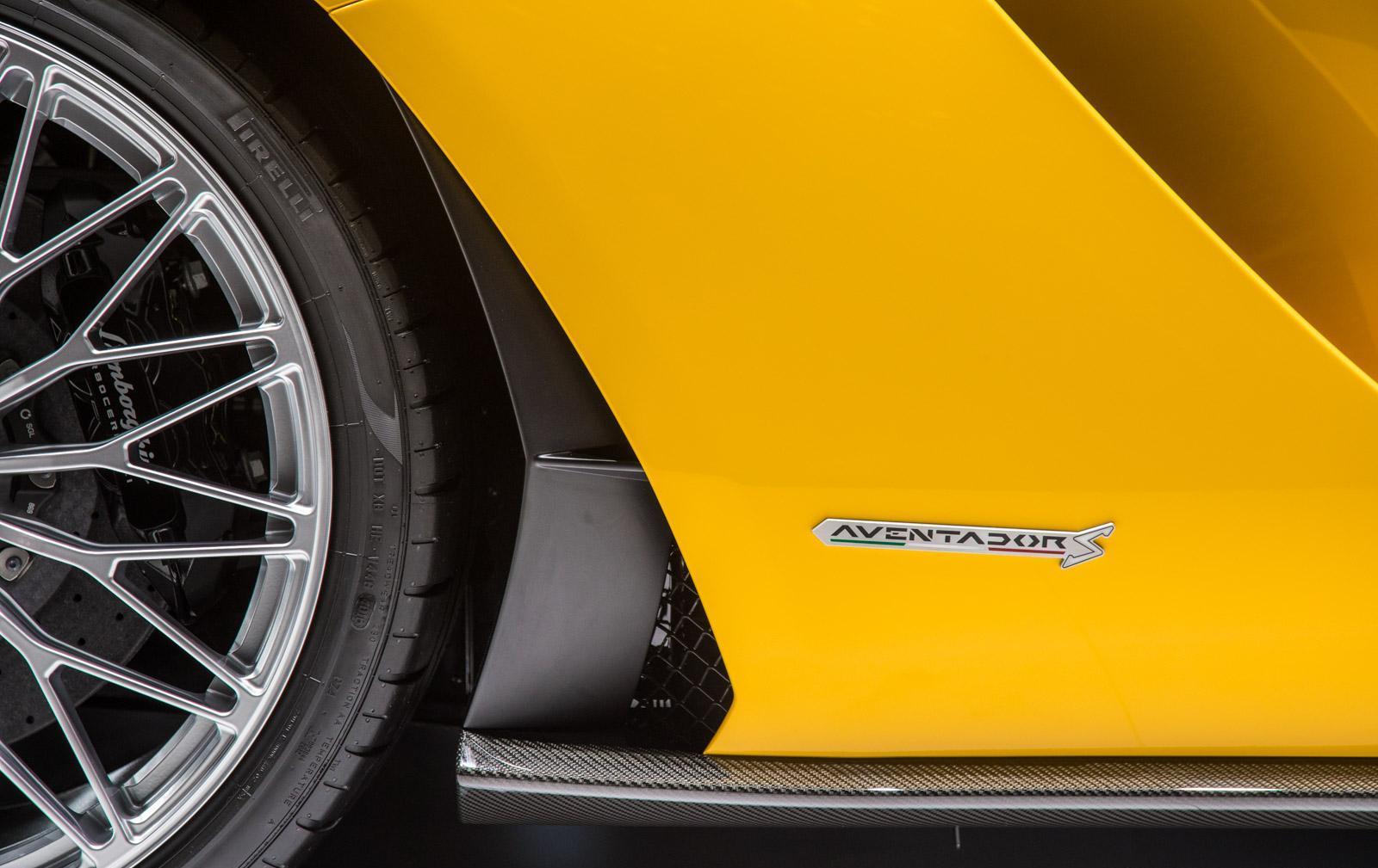 Lamborghini-aventador-s-007