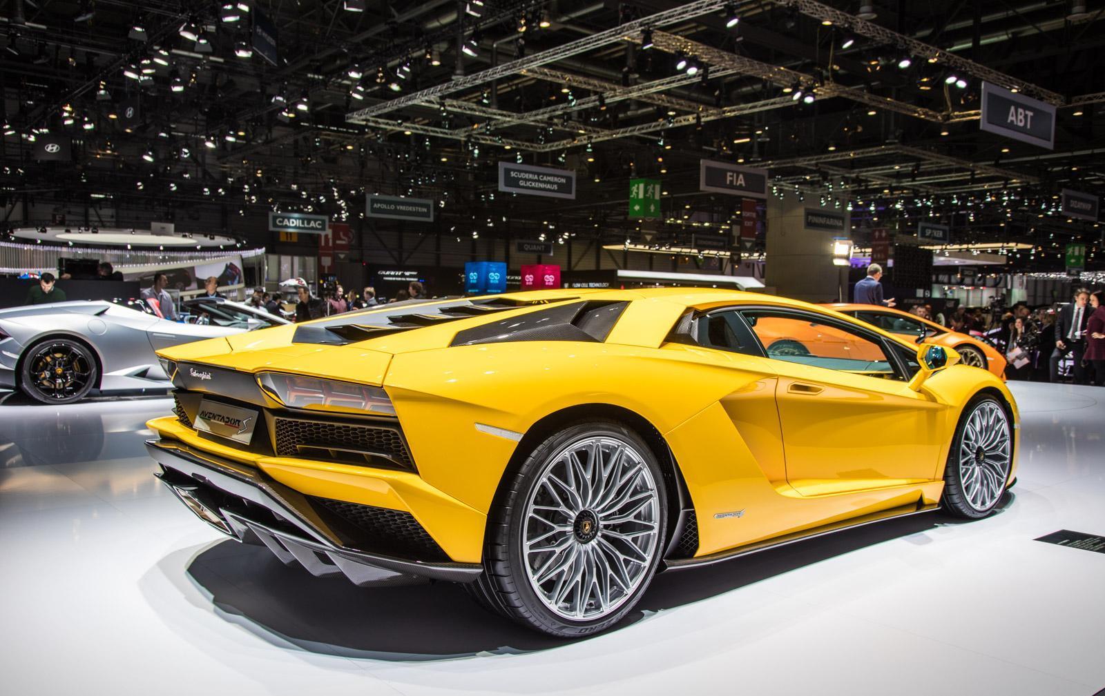 Lamborghini-aventador-s-009