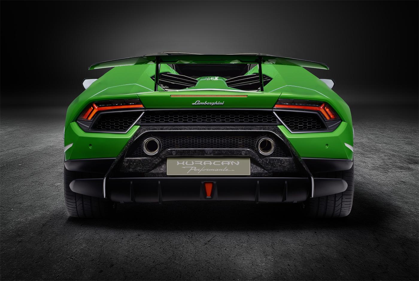 Lamborghini Huracan Performante Spyder Renderings (3)