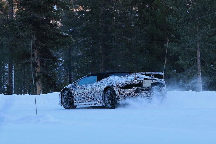 Lamborghini_Huracan_Spyder_Performante_04