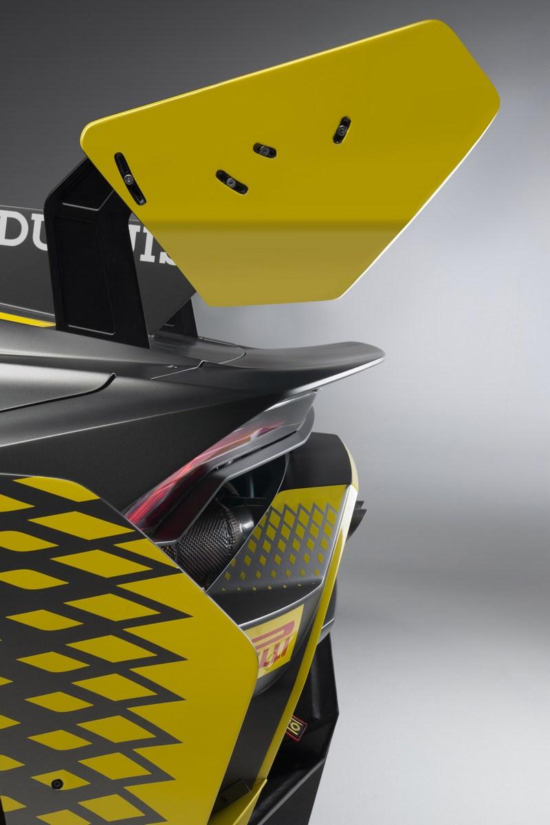 Lamborghini_Huracan_Super_Trofeo_Evo_02