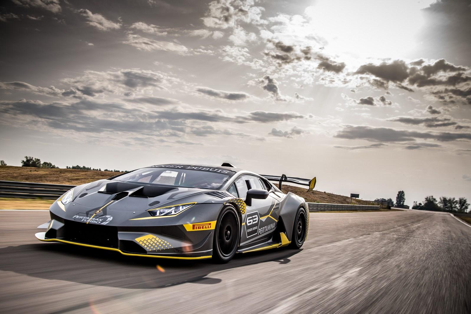 Lamborghini_Huracan_Super_Trofeo_Evo_18