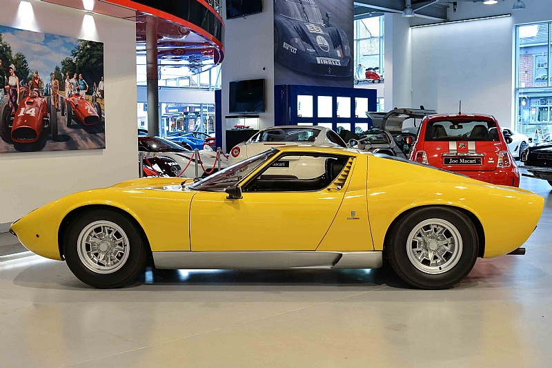 Lamborghini_Miura_07