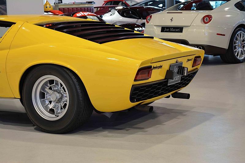 Lamborghini_Miura_09
