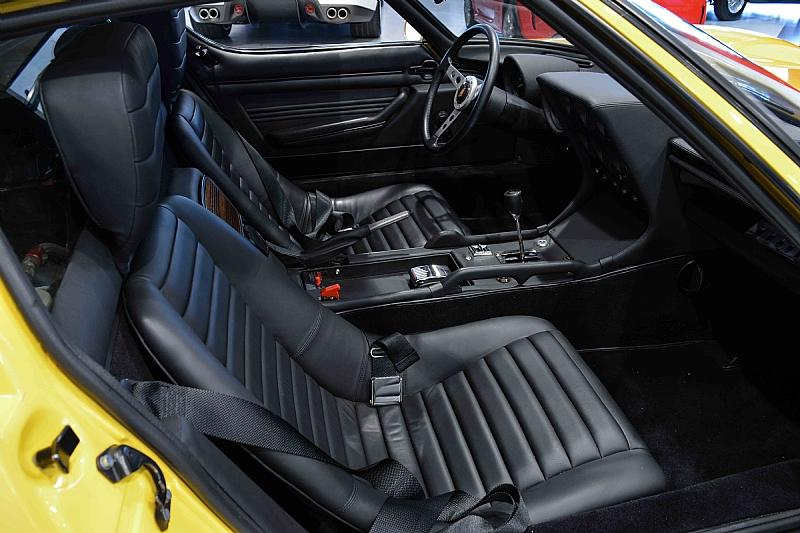 Lamborghini_Miura_11
