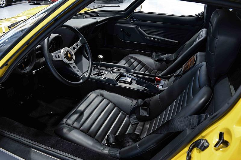 Lamborghini_Miura_12