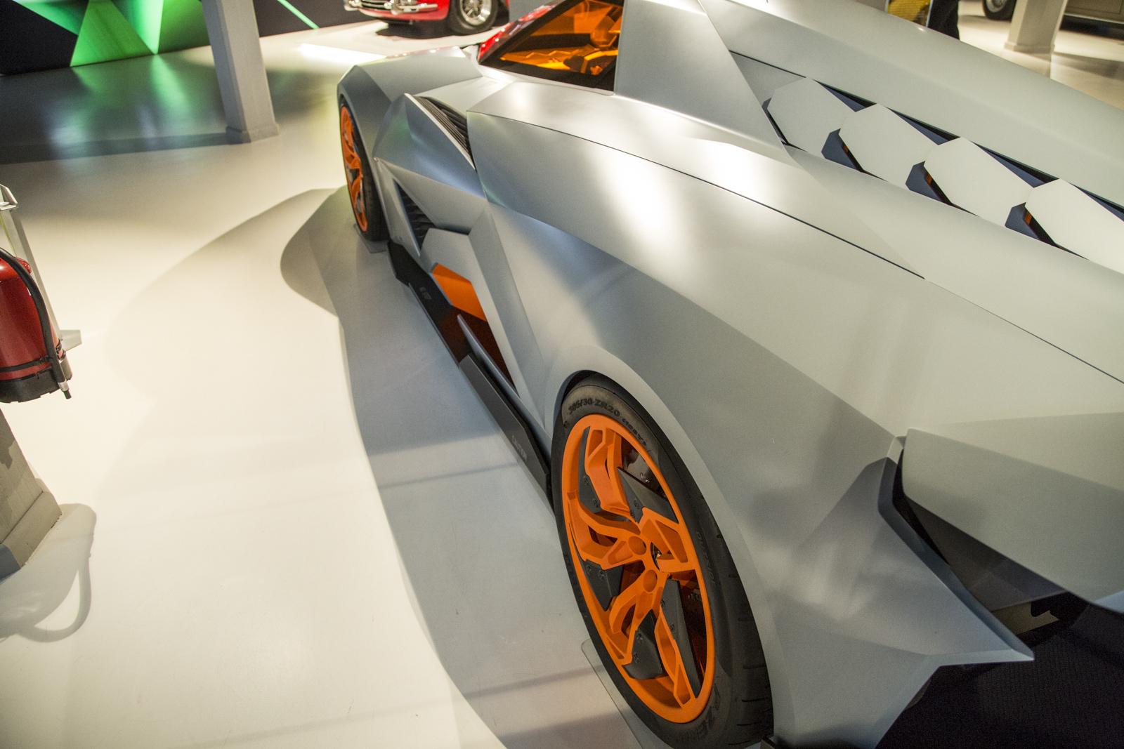 Lamborghini_museum_05