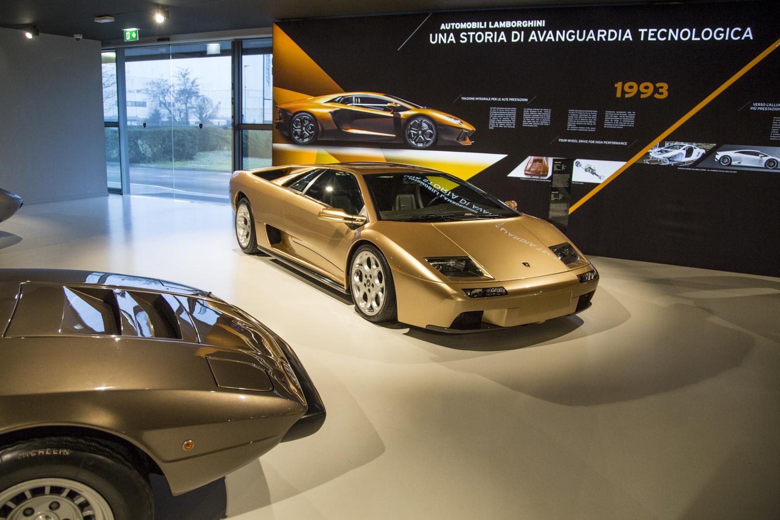 Lamborghini_museum_09