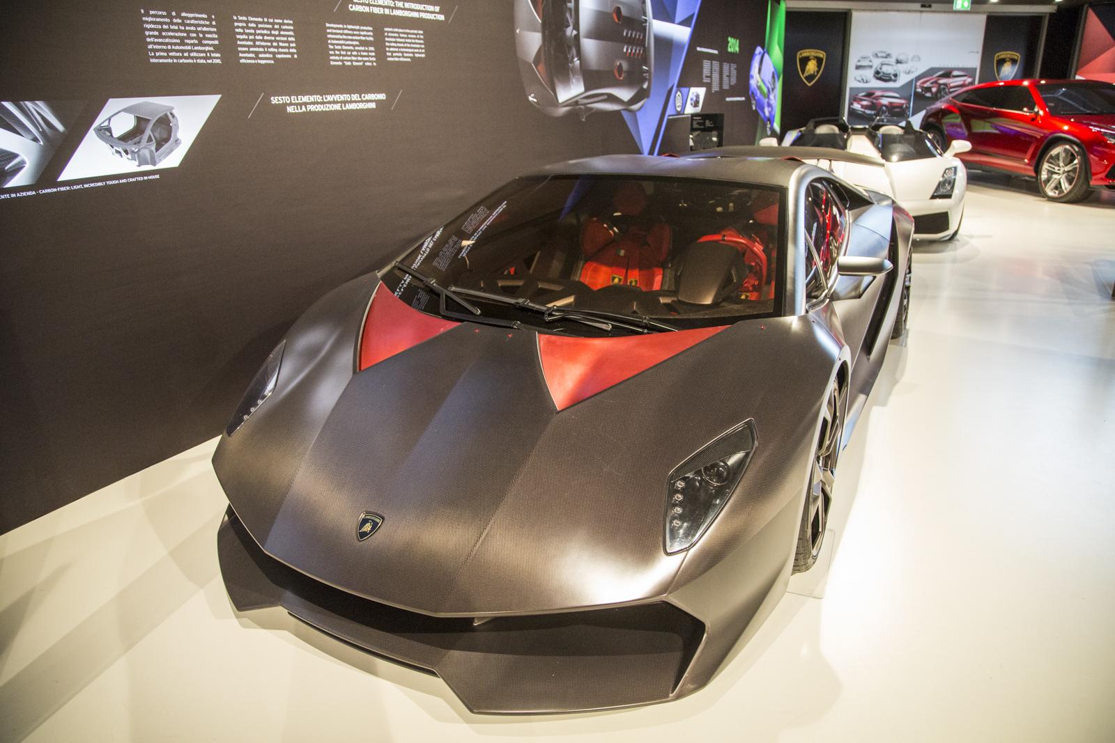 Lamborghini_museum_14