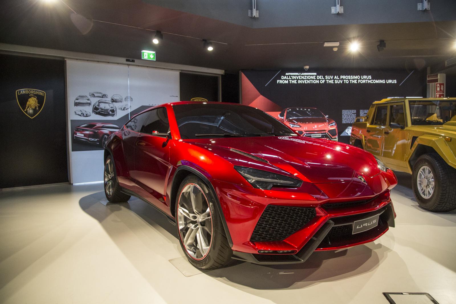 Lamborghini_museum_17