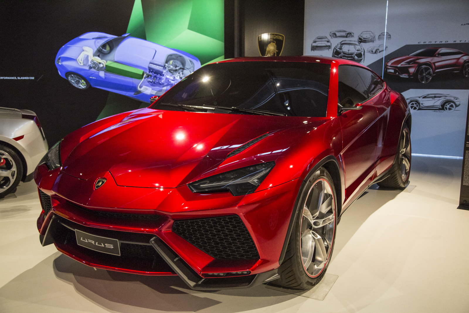 Lamborghini_museum_19