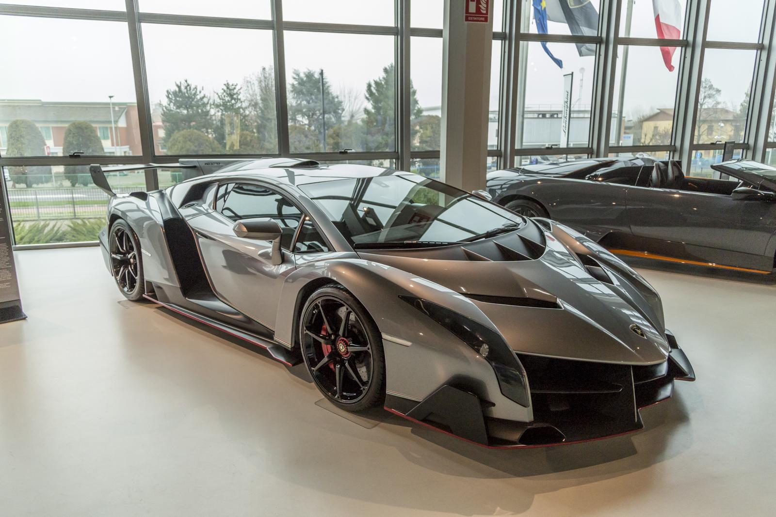 Lamborghini_museum_38
