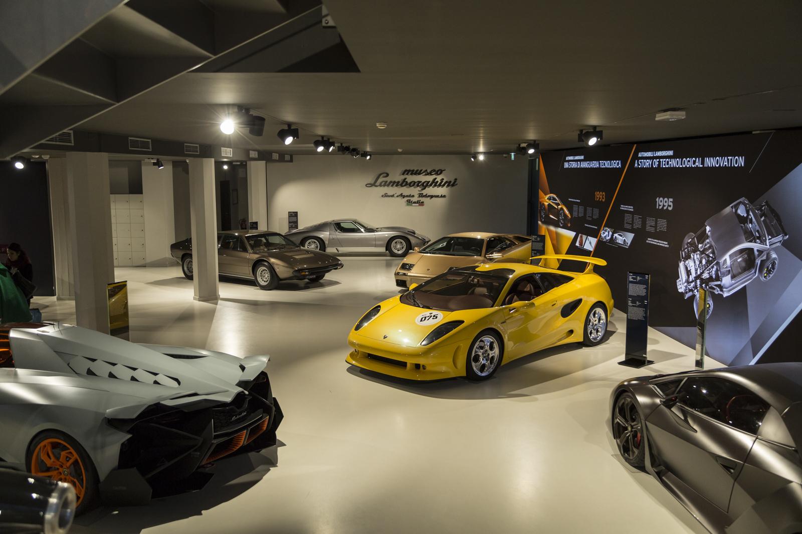 Lamborghini_museum_41