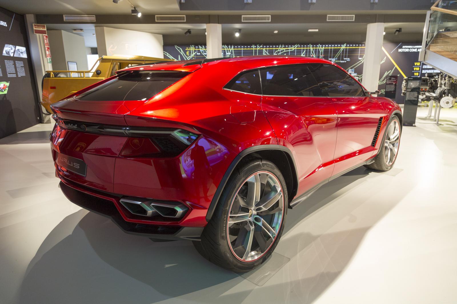 Lamborghini_museum_44