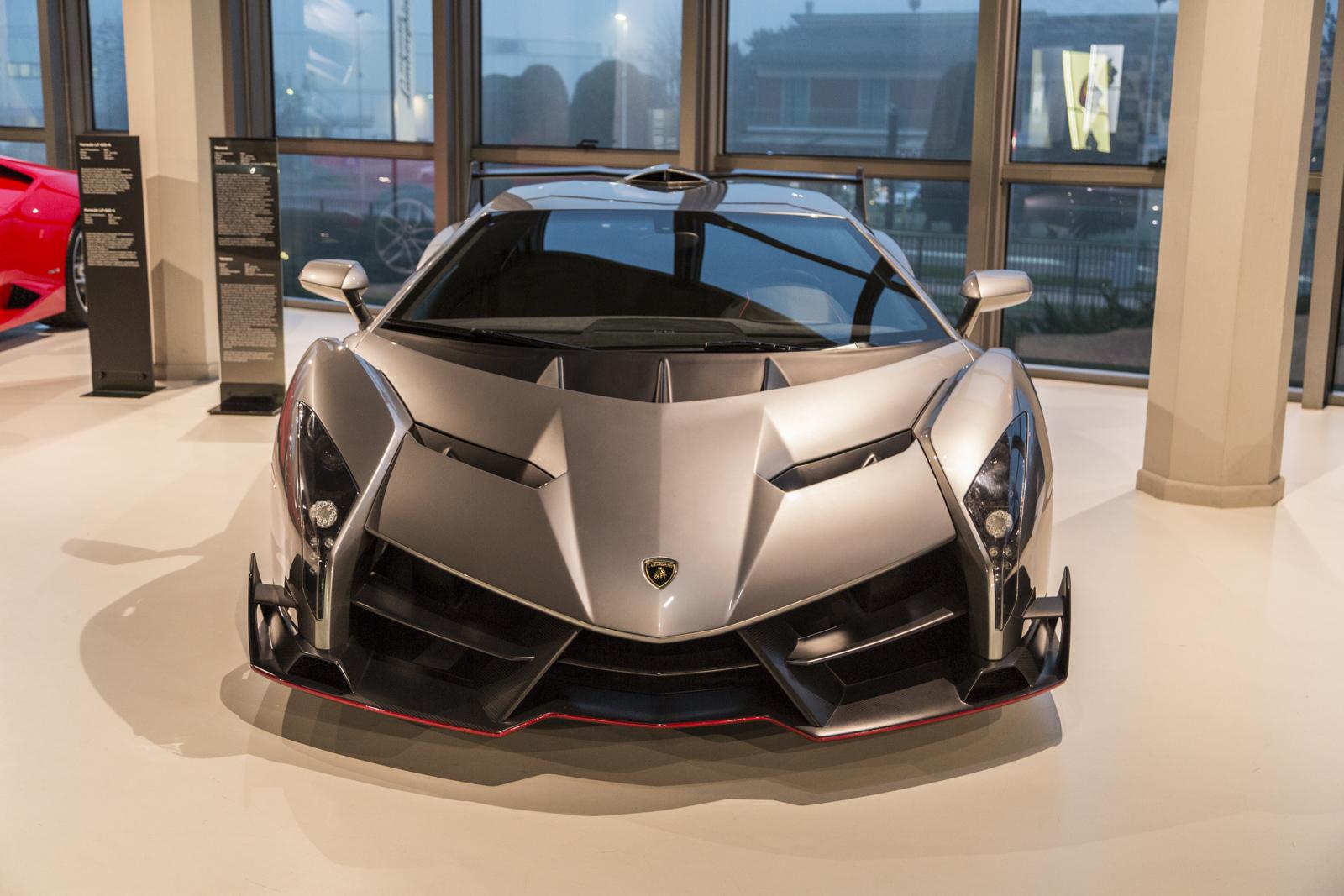 Lamborghini_museum_50