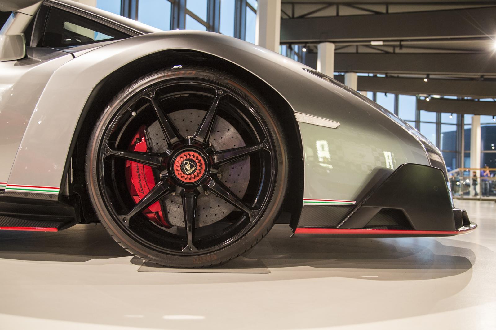 Lamborghini_museum_52