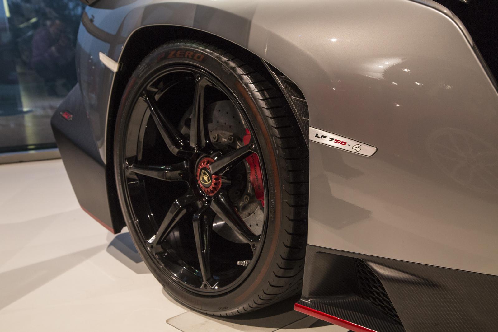 Lamborghini_museum_53