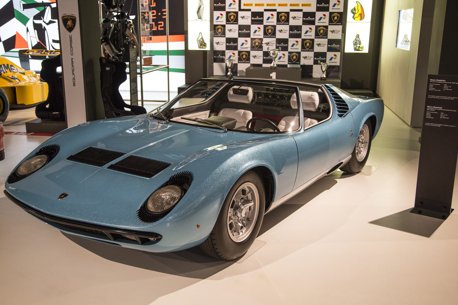 Lamborghini_museum_62