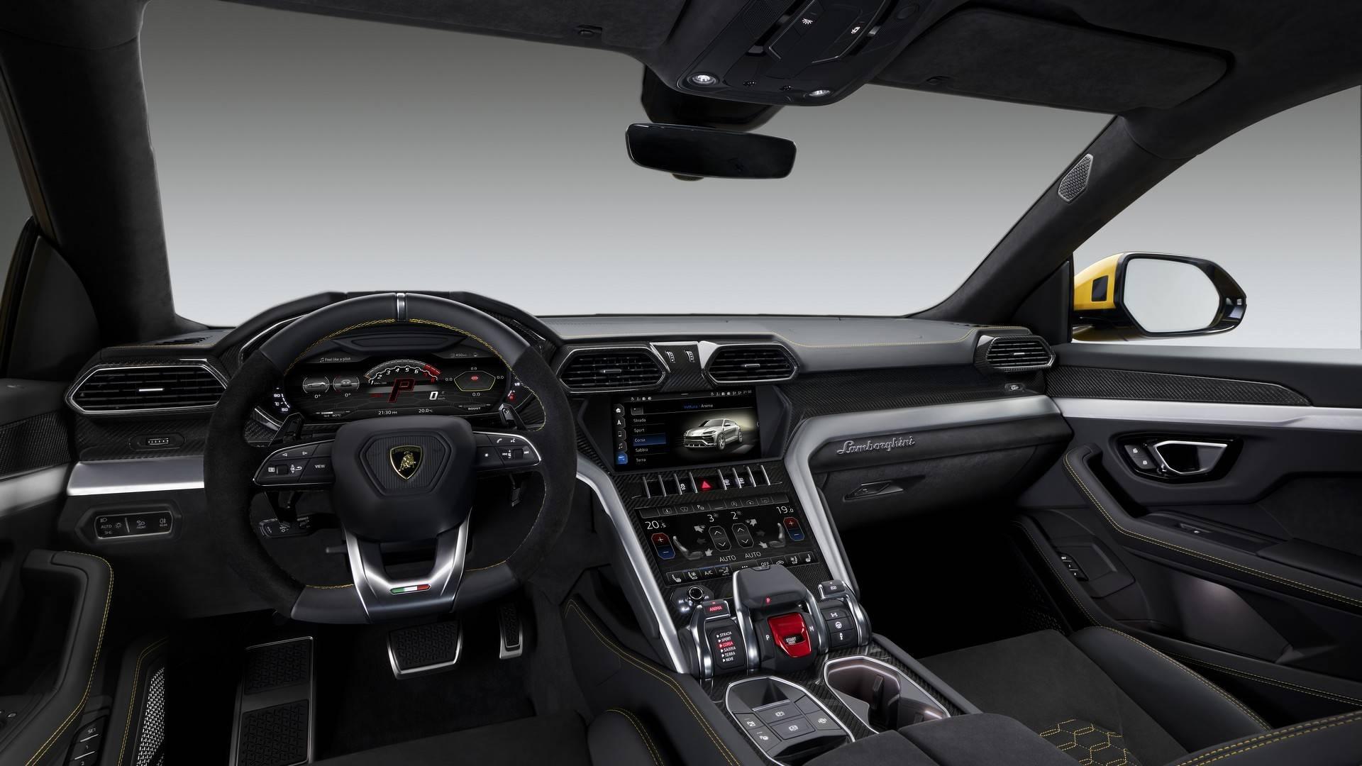 Lamborghini Urus 2018 (21)