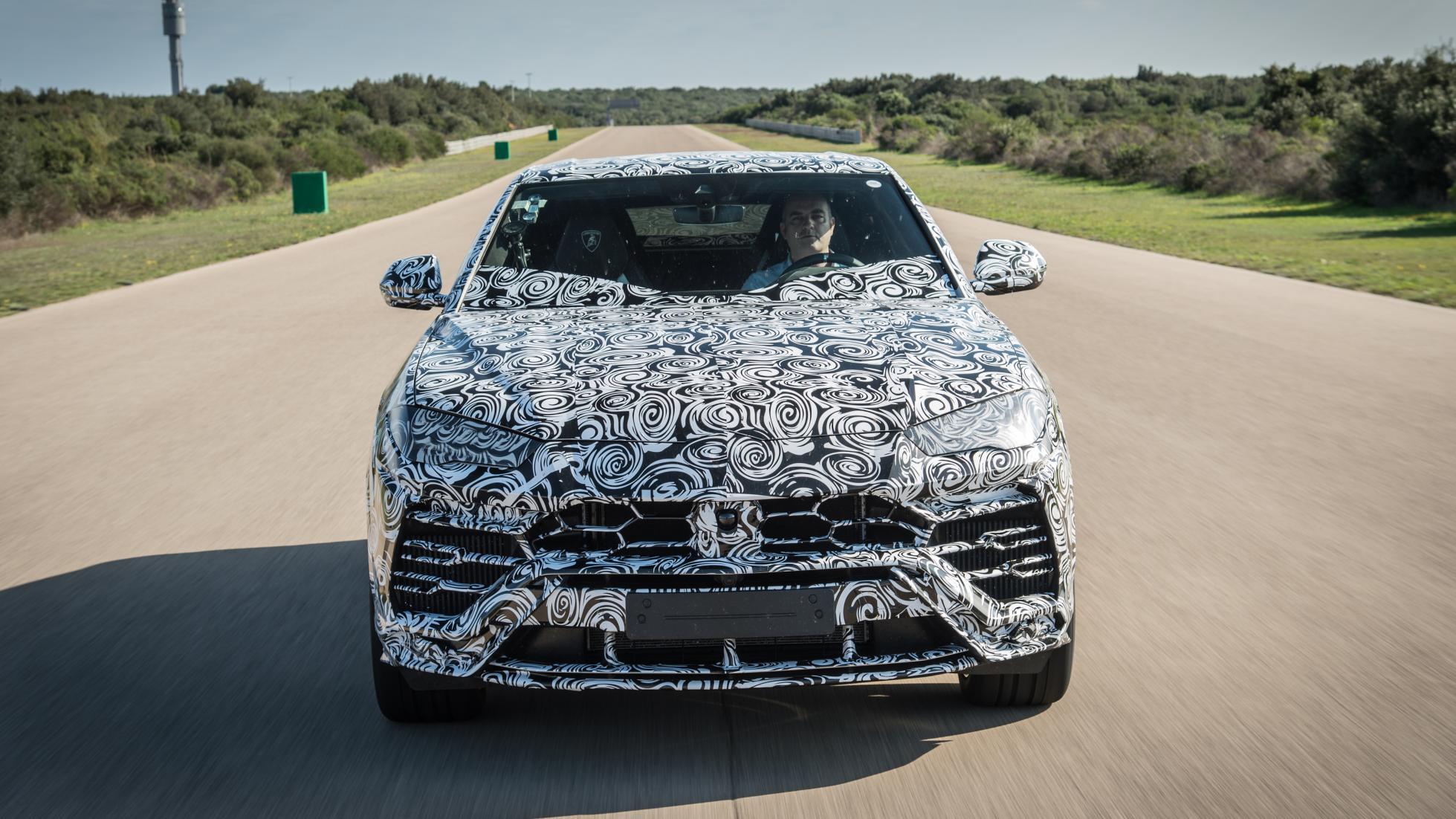 Lamborghini_Urus_leaked_12
