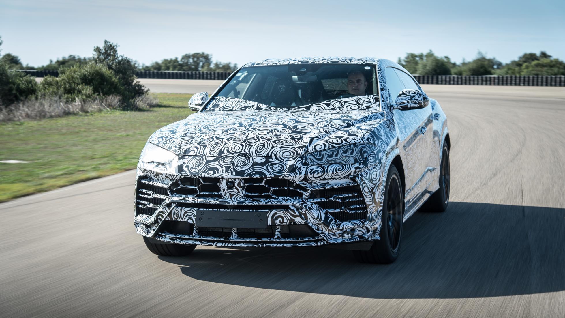 Lamborghini_Urus_leaked_13