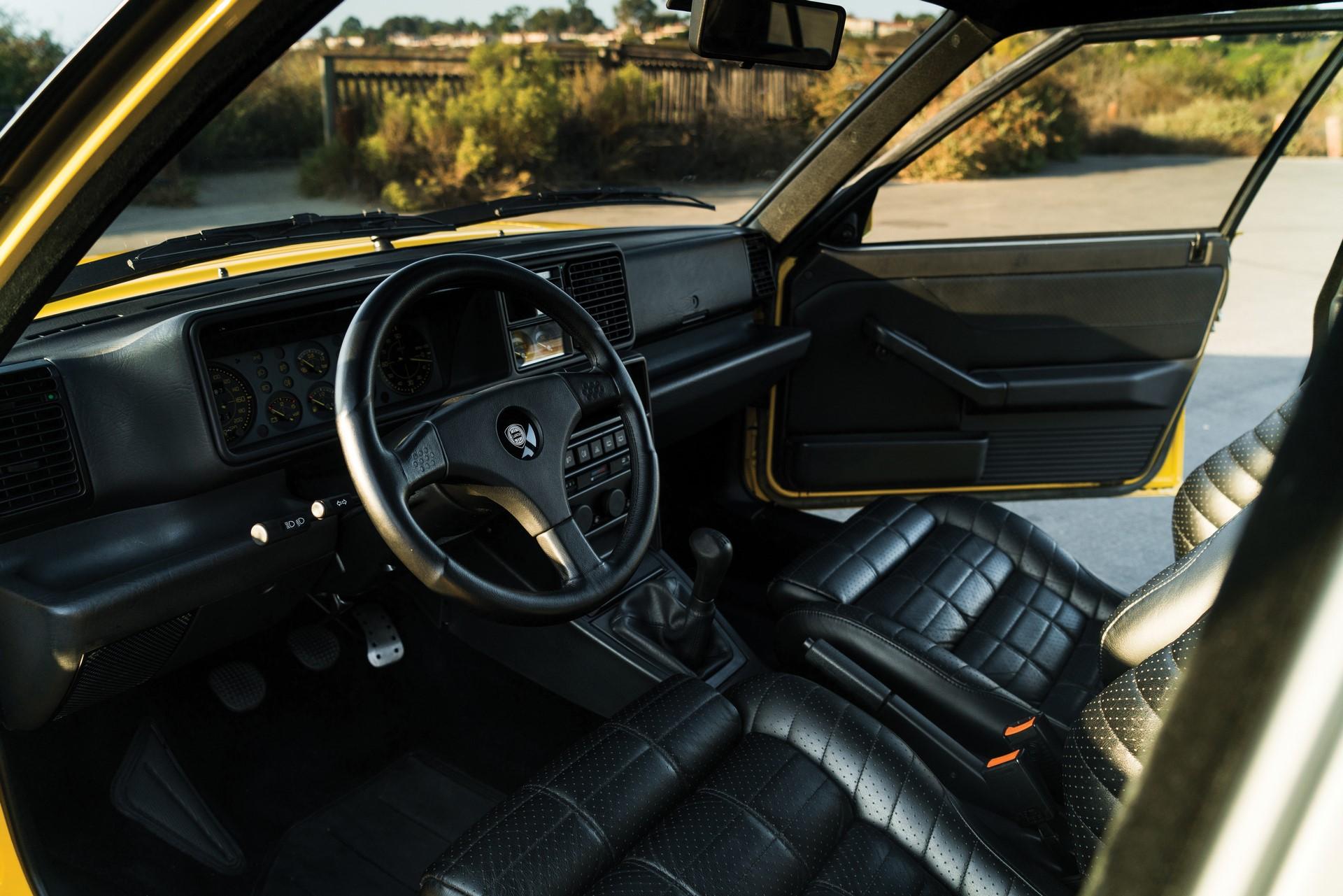Lancia Delta HF Integrale Evoluzione 1992 (9)