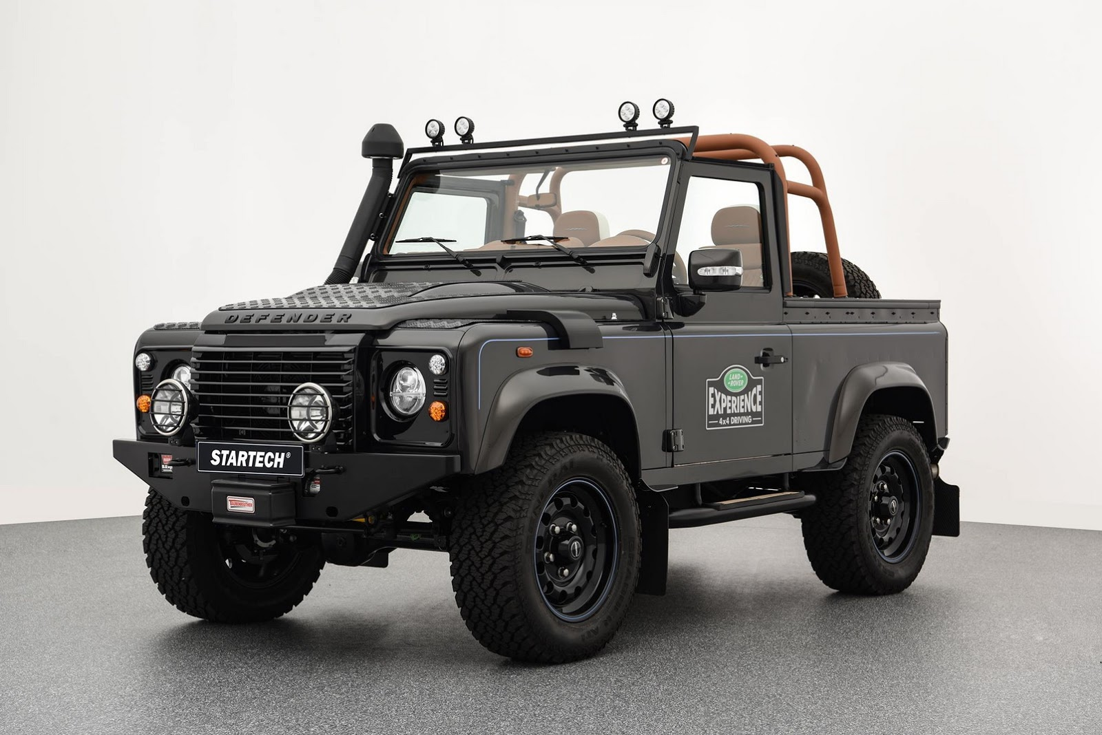Land_Rover_Defender_by_Startech_01
