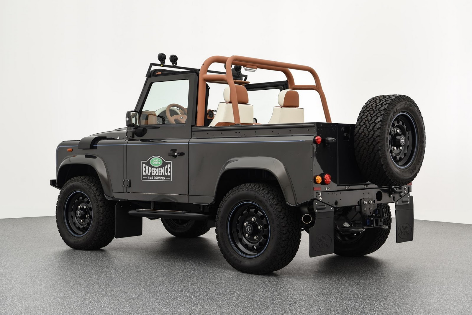 Land_Rover_Defender_by_Startech_03