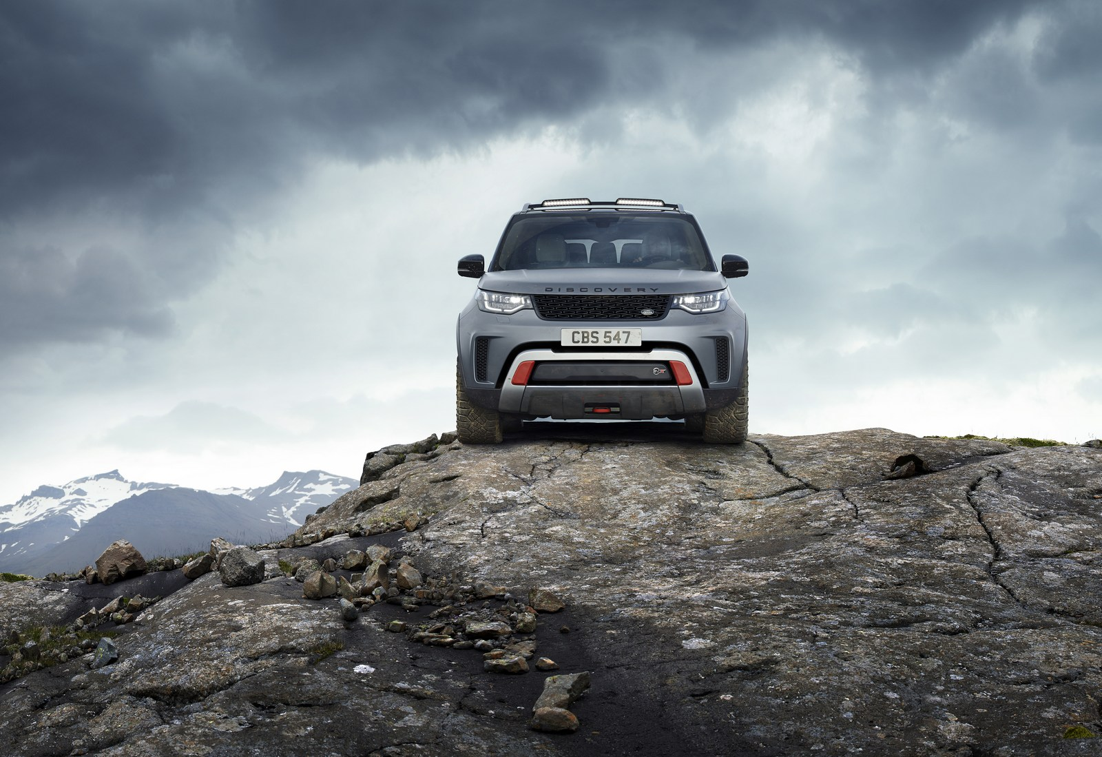 Land-Rover-Discovery-SVX-14