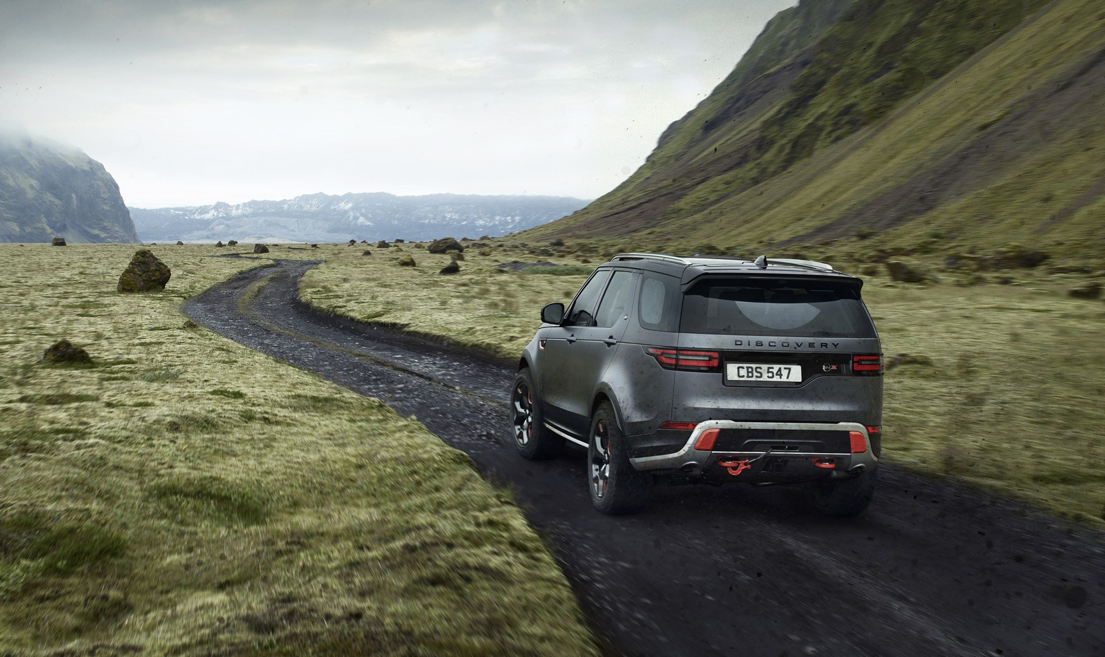 Land-Rover-Discovery-SVX-16