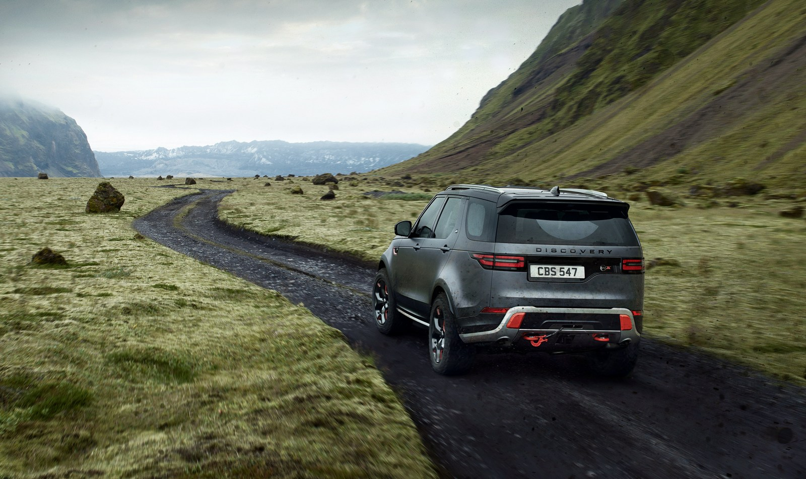 Land_Rover_Discovery_SVX_02