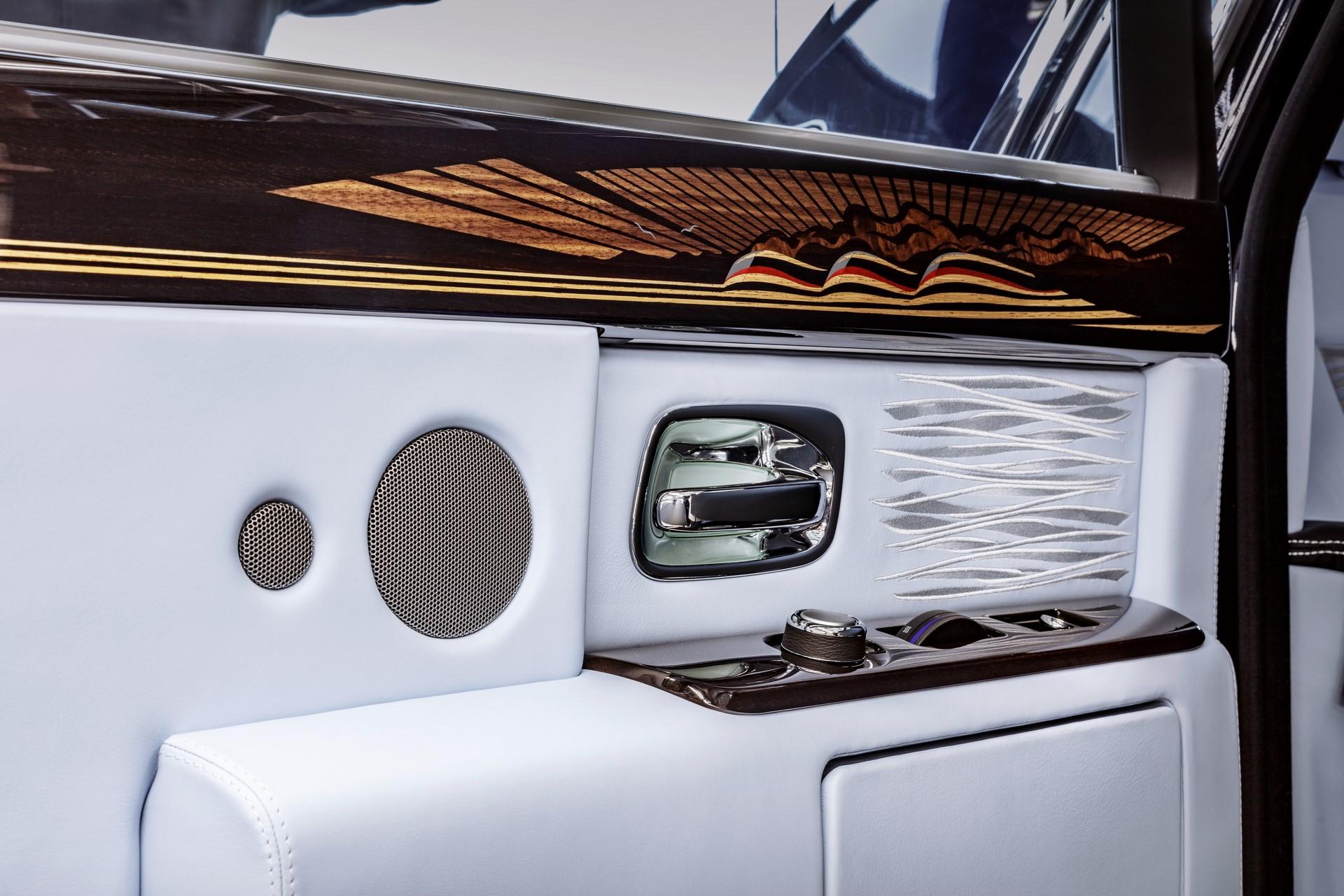 Last Rolls-Royce Phantom VII (5)
