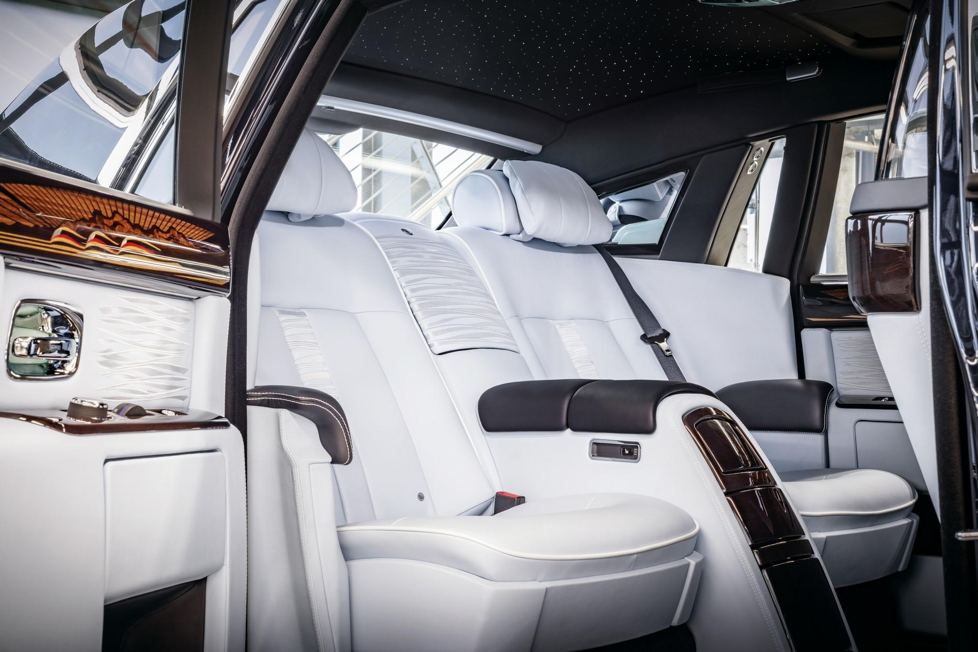 Last Rolls-Royce Phantom VII (7)