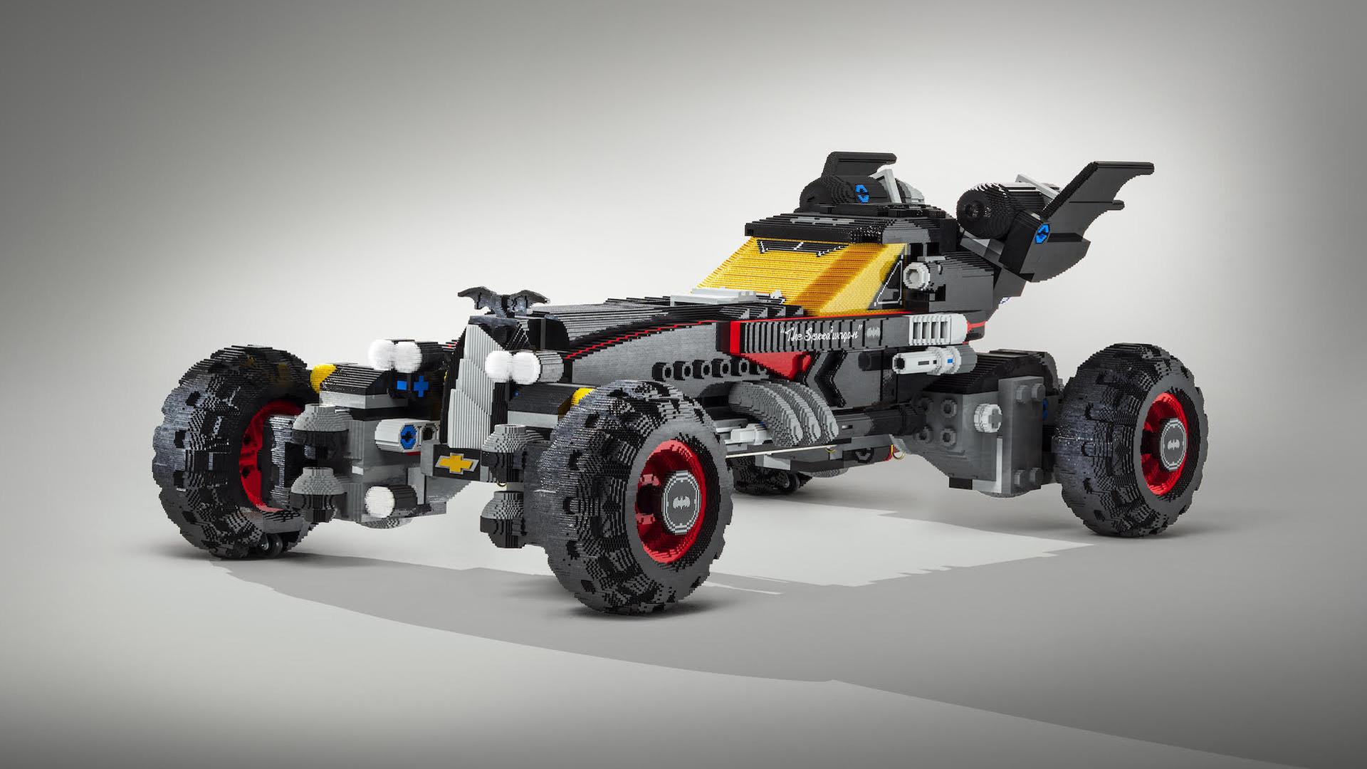 Lego_Life-Size_Batmobile_02