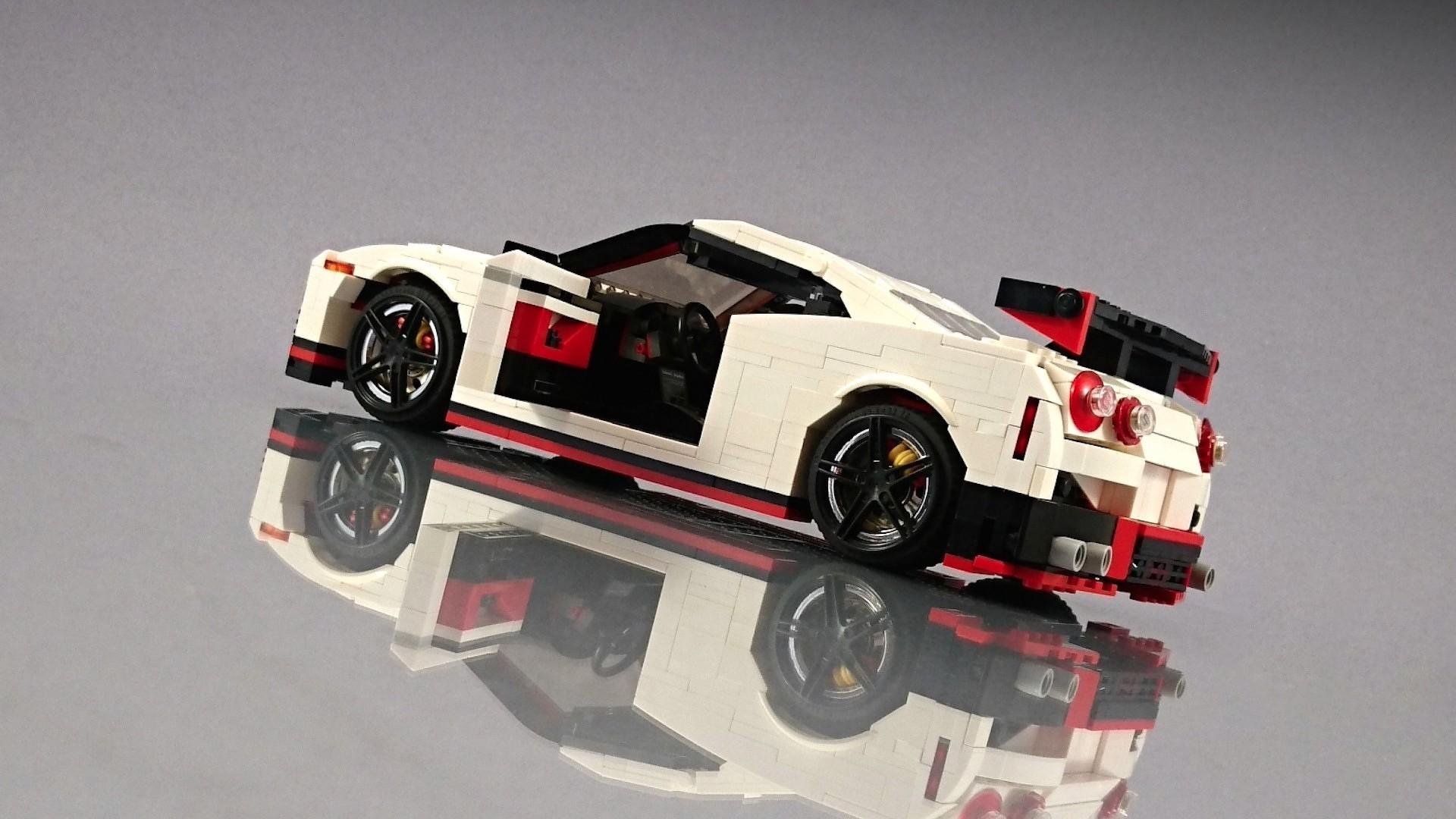 Lego_Nissan_GT-R_Nismo_06