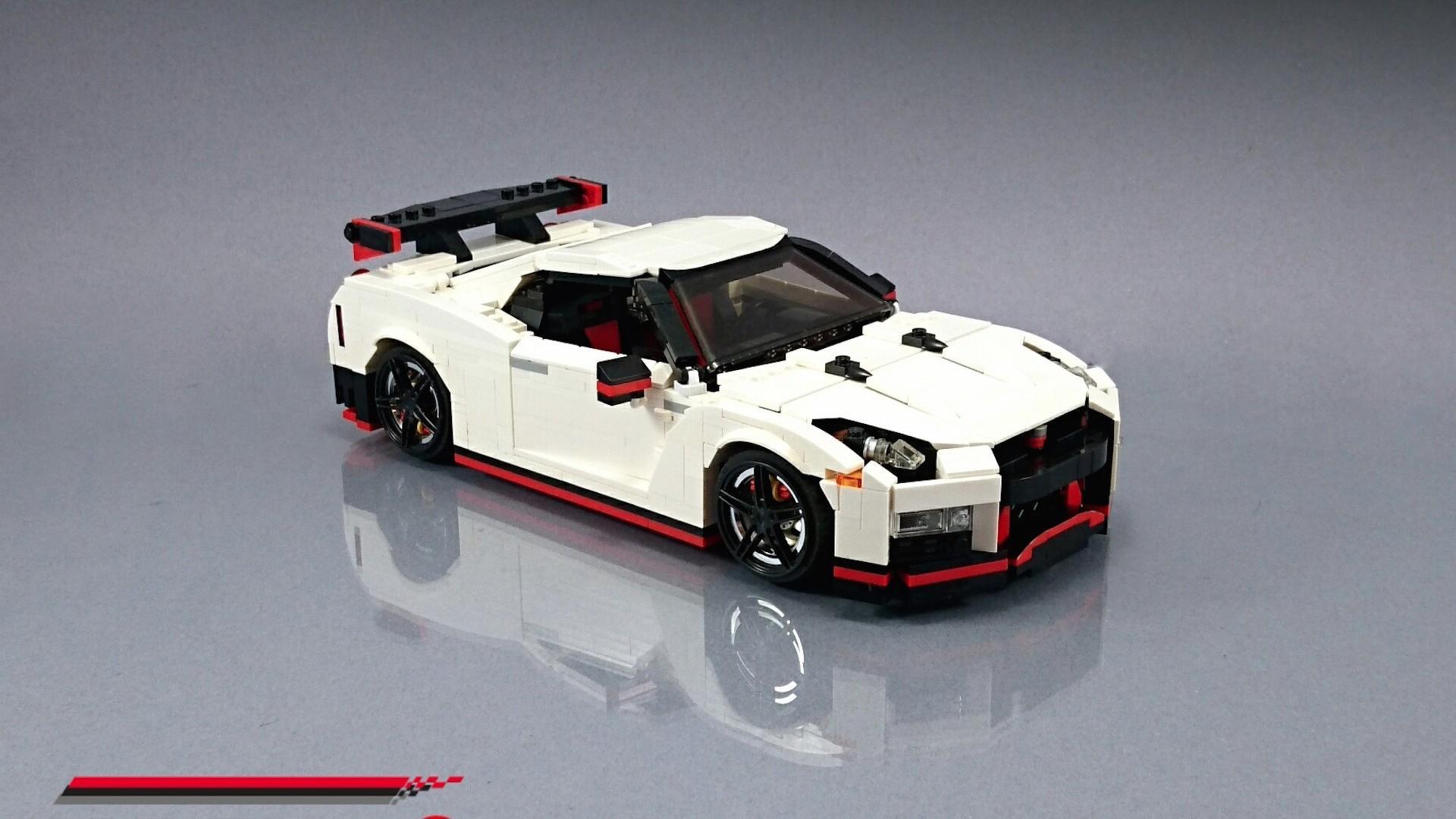 Lego_Nissan_GT-R_Nismo_07
