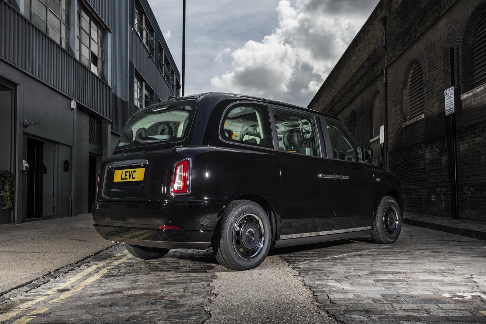 LEVC TX london ev taxi (5)