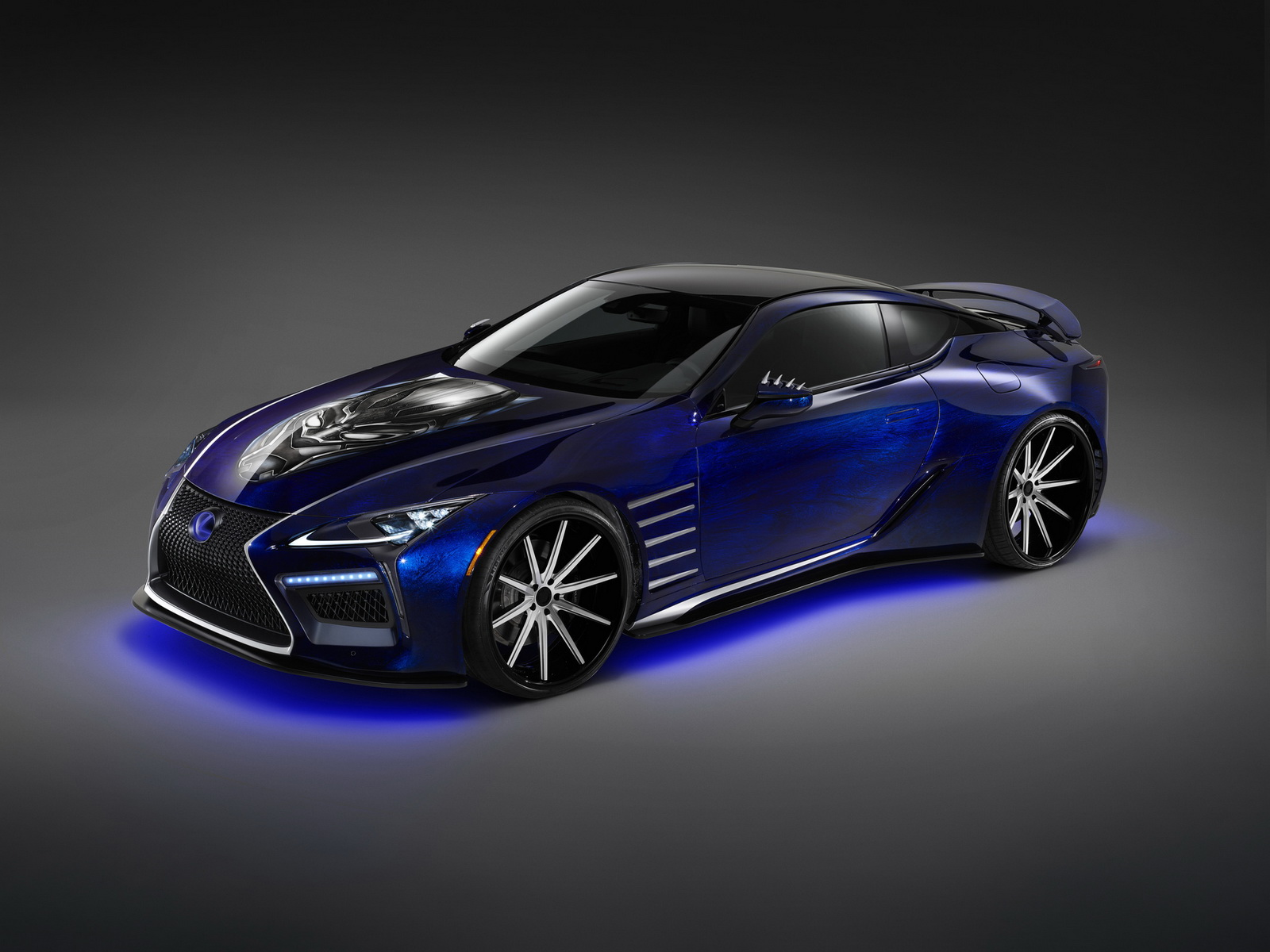 Lexus_Black_Panther_Inspired_LC08
