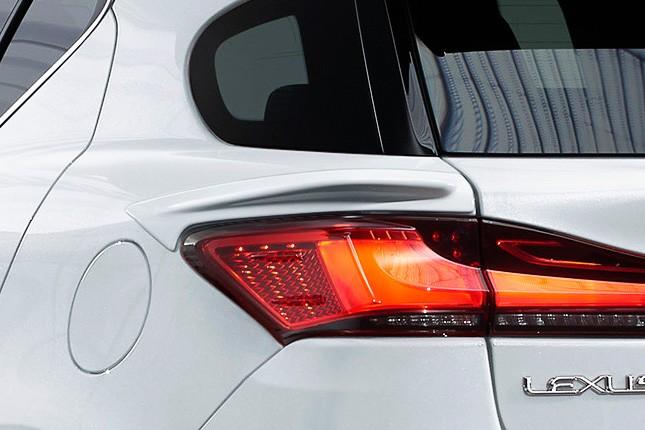 Lexus CT 200h TRD (9)